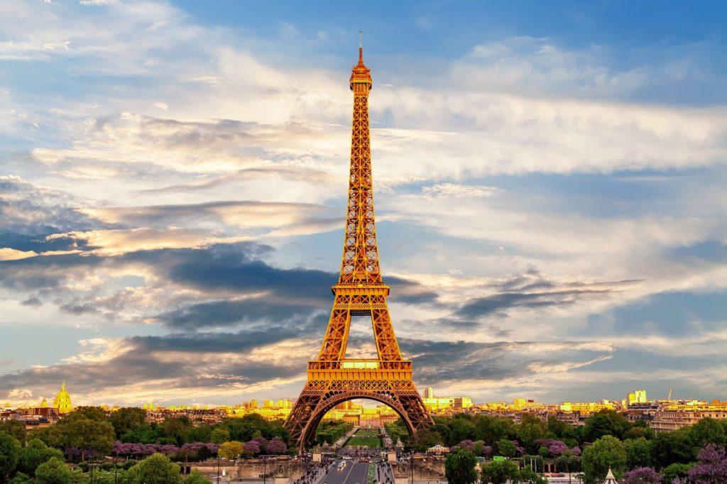 Réservation VTC Paris - Tour Eiffel